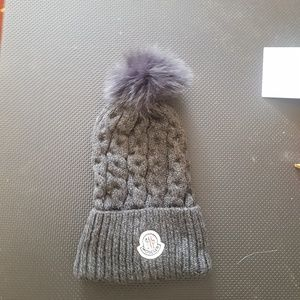 moncler hat beanie  gray